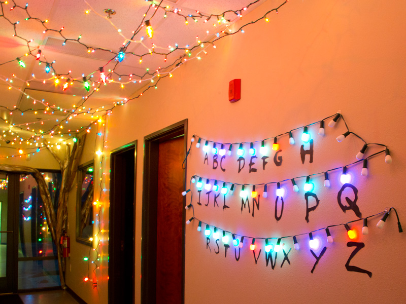 stranger things alphabet lights - Stranger Things Christmas Decorations