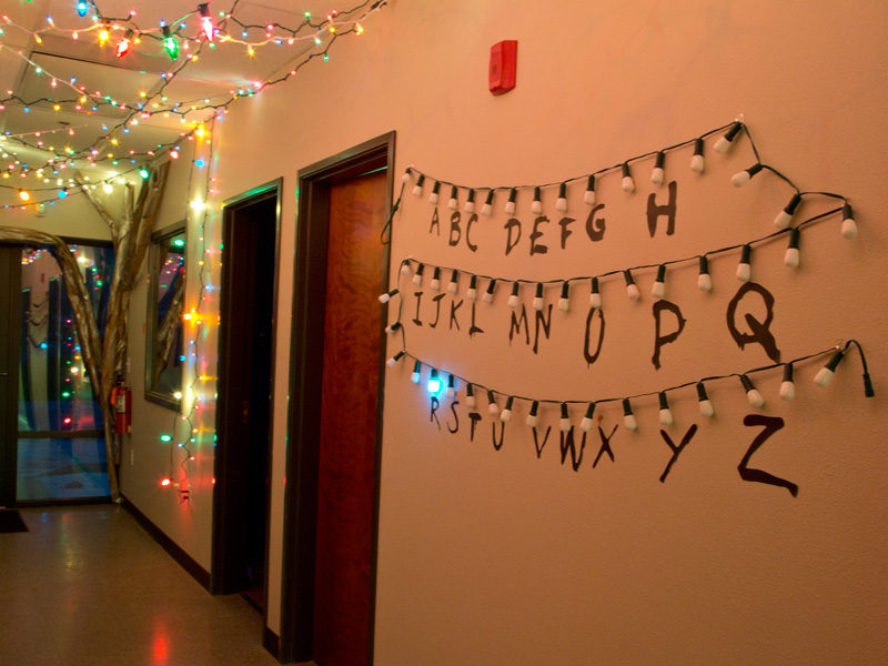 How To Make A Stranger Things Alphabet Sign With Lights
