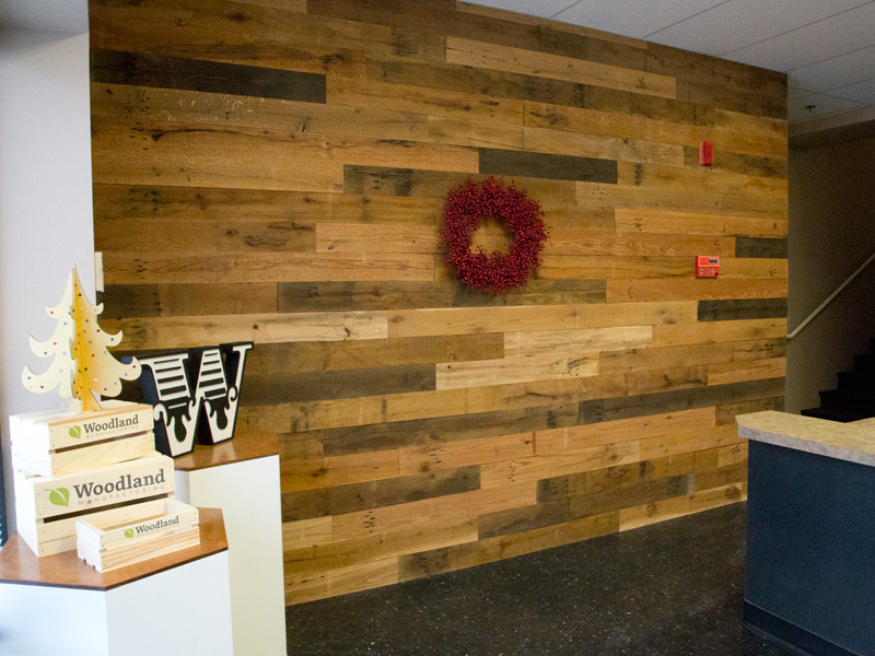 Business Signs And Reclaimed Wood Walls Woodland Articles